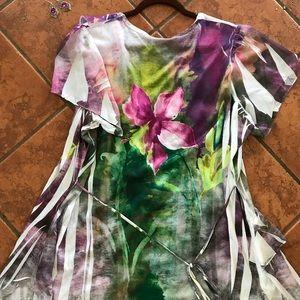 Saint Tropez West Tops - Stunning floral designed blouse